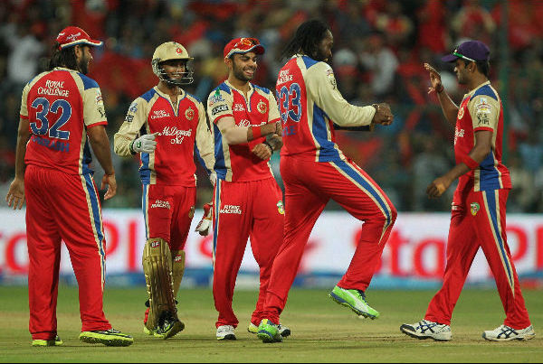 Chris Gayle Again Doing Gangnam Style