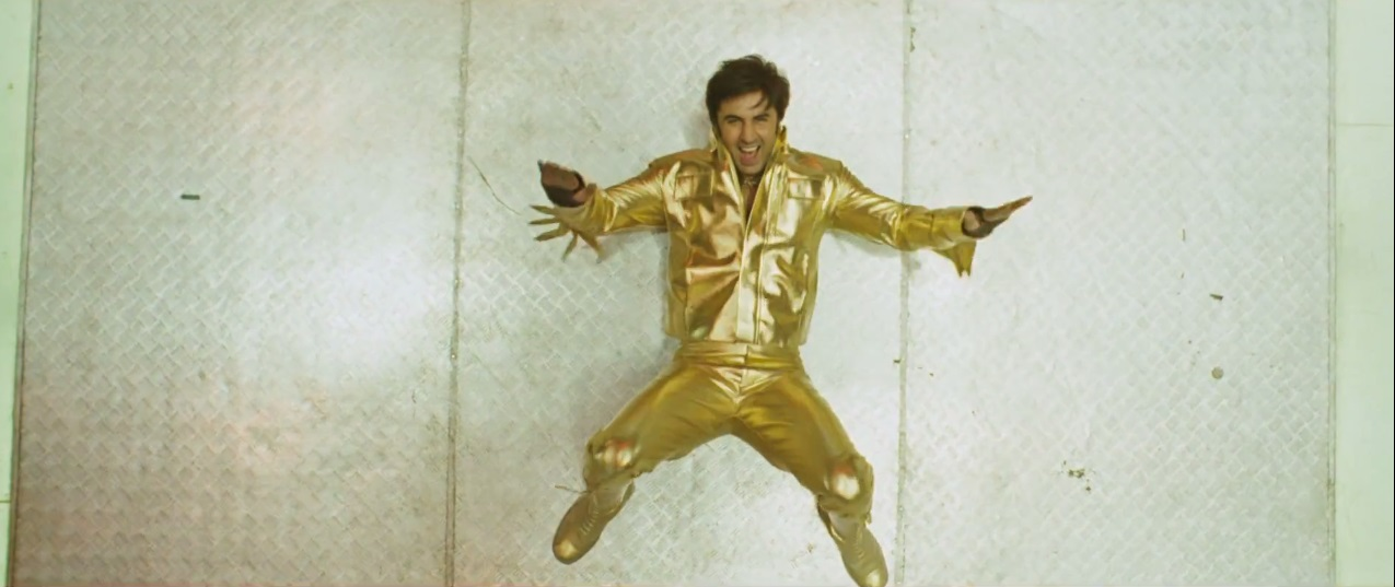 Ranbir Kapoor dancing on the First Official Trailer of Besharam (2013)
