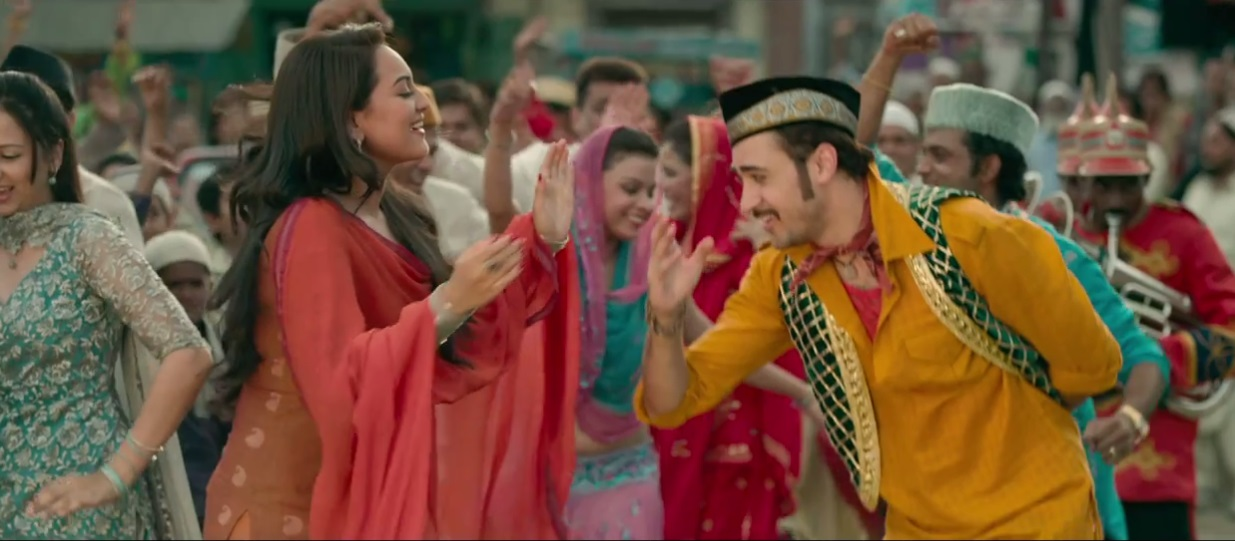 Sonakshi Sinha and Imran Khan dancing on the trailer of Once Upon A Time In Mumbaai Dobaara Trailer